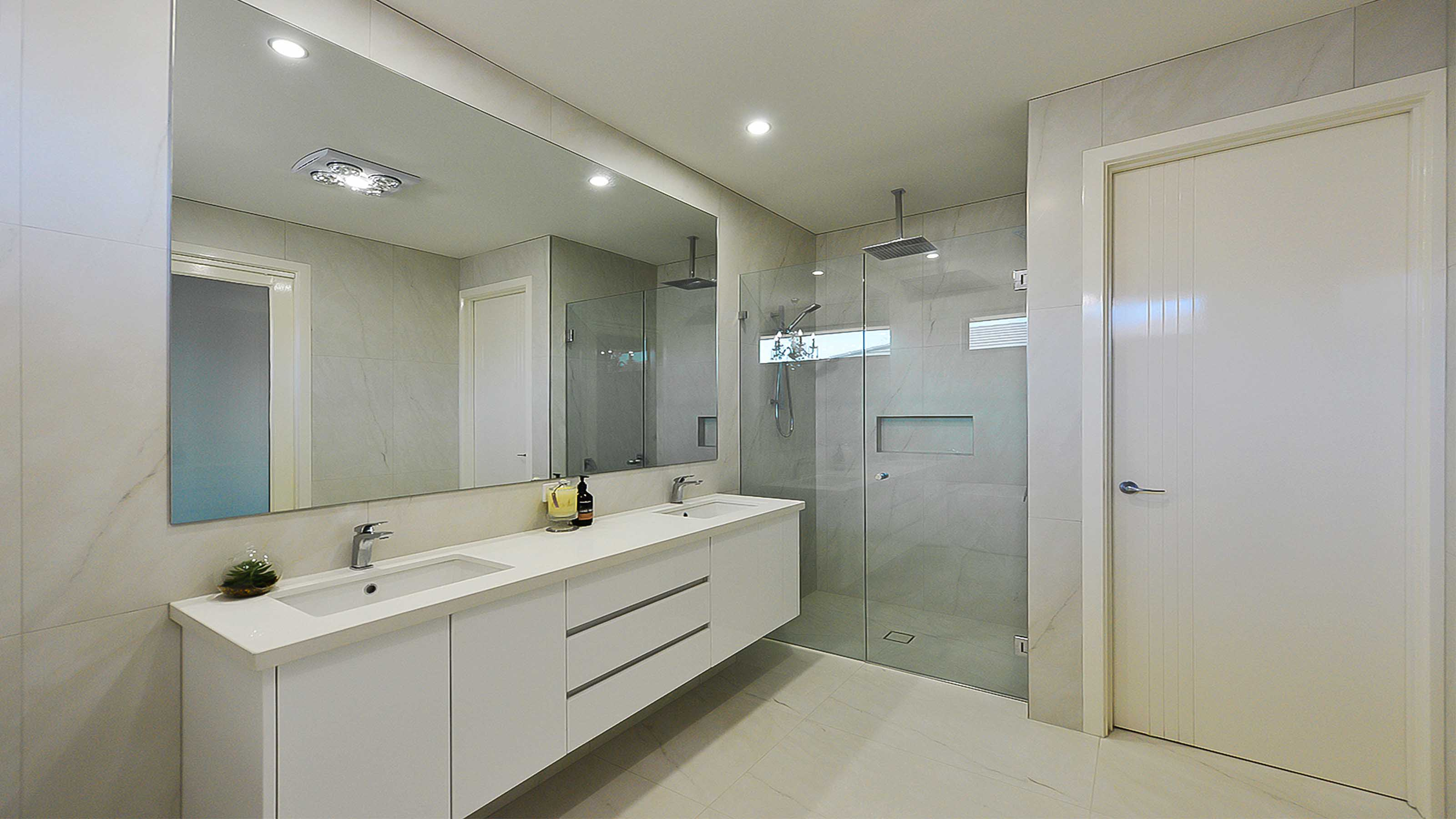ATMOS™ - Frameless Shower Screen - Ensuite - Highton - Supplied & Installed by - geelongsplashbacks.com.au