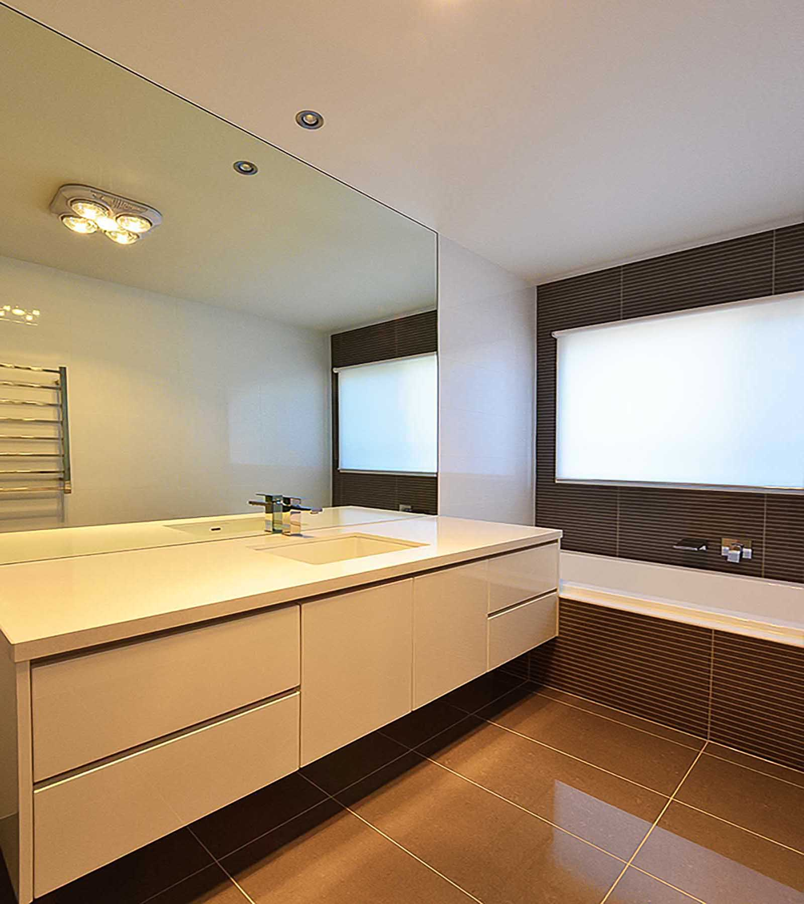 reFLECT™ - BATHROOM MIRROR - MIRROR TO BENCH - BARWON HEADS - Supplied & Installed by - geelongsplashbacks.com.au