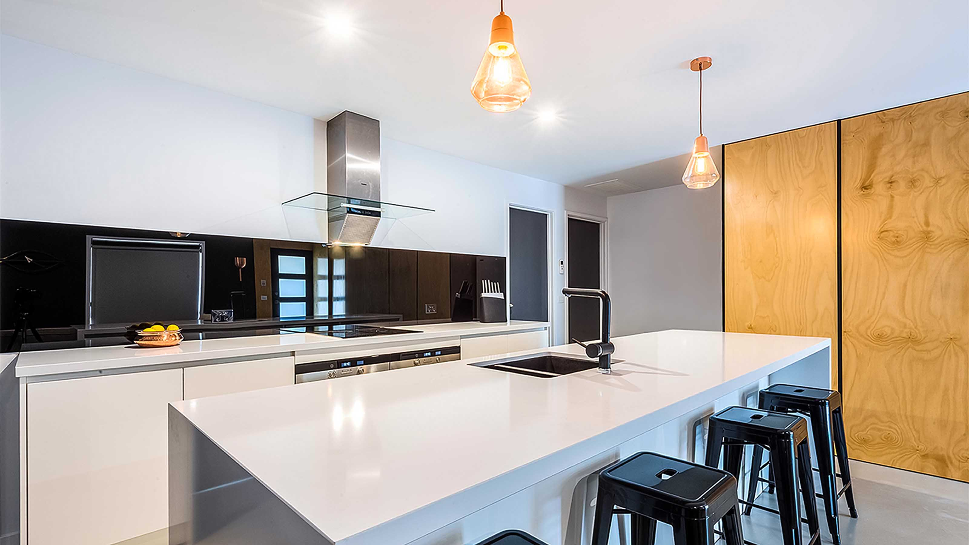 Black_Kitchen Coloured_Glass Splashback_Kitchen_Renovations_&_Ideas_Grovedale_www.geelongsplashbacks.com.au.jpg