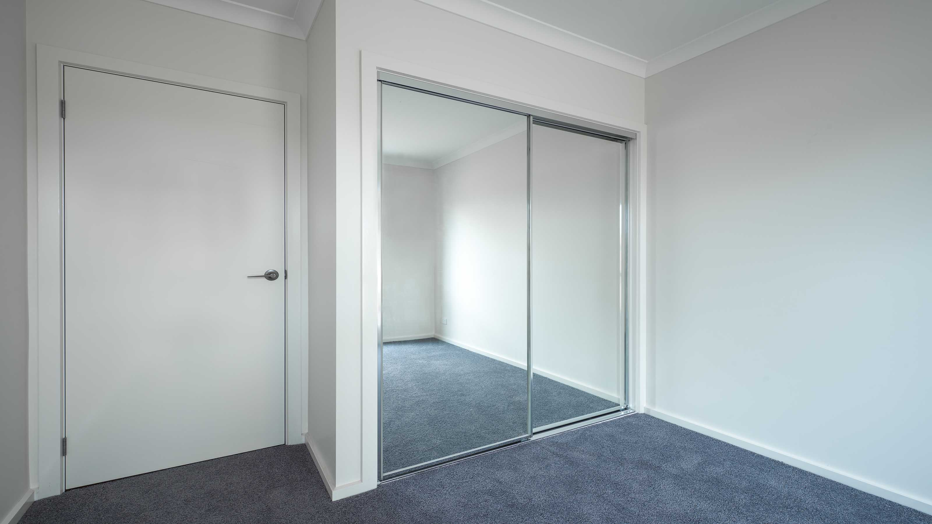 wardrobe sliding mirror door geelong splashbacks motionglo